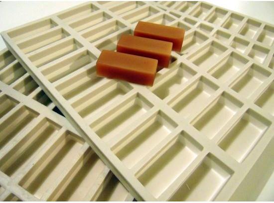 Silikonové formy pro výrobu karamelových bonbónů